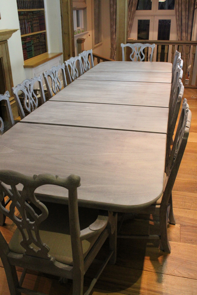 Vintage Dining Table And 12 Chairs Including 2 Carver